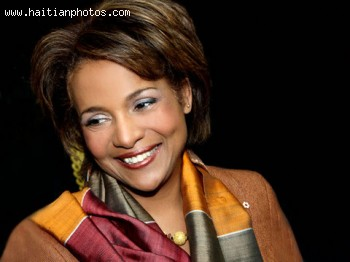 Haitian Born Michaelle Jean, New chancellor of University of Ottawa