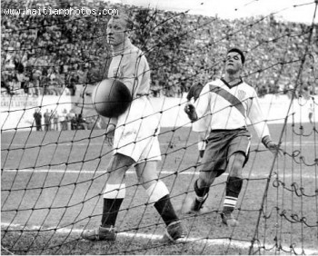 Haitian-born Joe Gaetjens wrongfooted England keeper Bert Williams