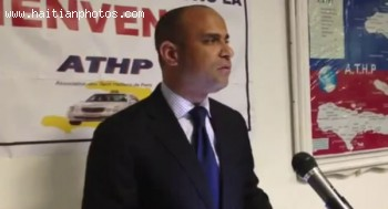 Laurent Lamothe With L'Association Des Taxis Haitiens De Paris