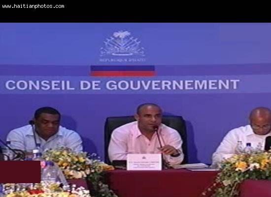 Conseil de Gouvernement, Conseil des Ministres by Prime Minister Laurent Lamothe