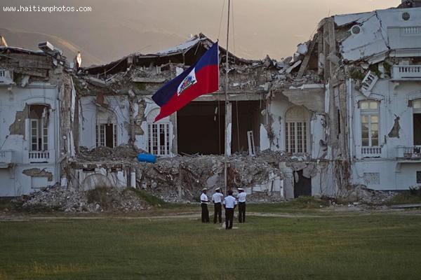 Haiti National Palace, Haitian Flag