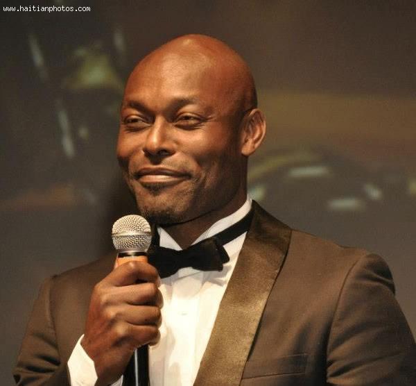 Haiti Movie Awards Big Crowd