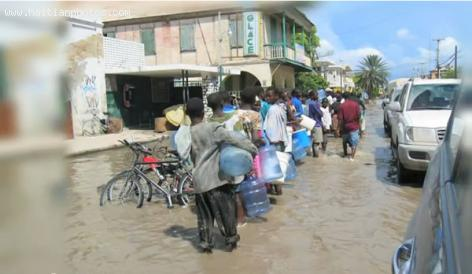 Cap-Haitian Flooding people in the streets