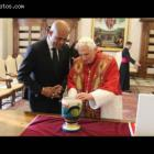 Martelly Visits Pope Benedict XVI, Rome with Pink Bracelet
