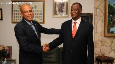 Picture of Michel Martelly with Boniface Alexandre