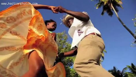 Haitian Dance movement originated from Vodou Ceremony