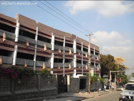 College Canado - Canado-Haitian College
