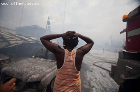 Fire at former local Maritime and Navigation Service of Haiti (SEMANAH)