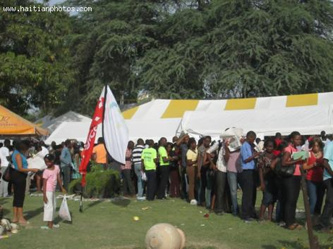 Livres en Folie at Parc Canne a Sucre in 2013