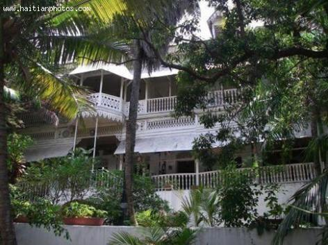Hotel Oloffson , Haiti