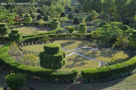 International Community Plans Haiti's First National Botanic Garden