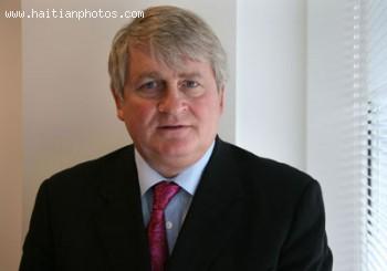 Denis O'Brien, CEO Of Digicel Who Renovated The Iron Market, Marche En Fer