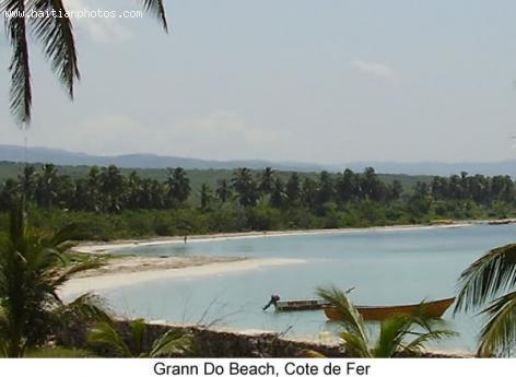 Grann Do Beach, Cotes de fer