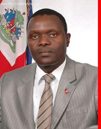 Wencesclas Lambert, Haitian Senator