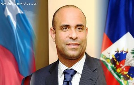 Is Laurent Lamothe Haitian or Chilean?