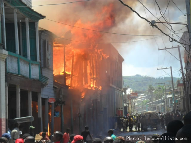 Fire in Historic Center,  Jeremie