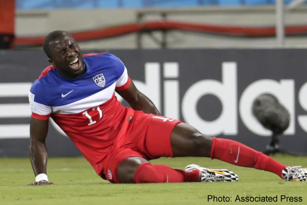 Jozy Altidore pulling hamstring injury in 2014 World Cup