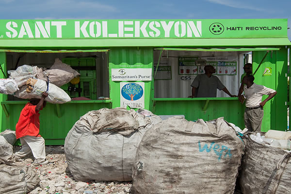 Haiti Plastic Recycling - Ramase Lajan