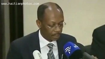 Jean-Bertrand Aristide Given Press Conference For Wanting To Return To Haiti