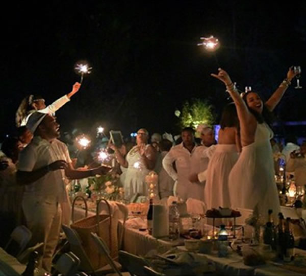 Diner en blanc 2014 (Dinner in White) in Kenskoff, Haiti at Ranch le Montcel