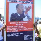 Protest support President Jean