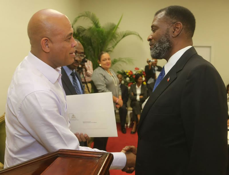 Hervey DAY, Minister of commerce and Industry and President Martelly
