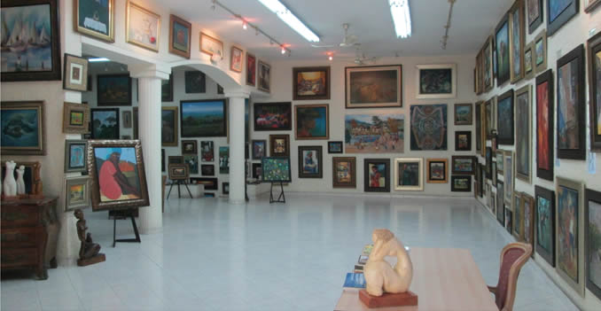 Expressions Art Gallery in Petion-Ville