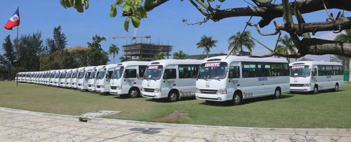 Haiti School bus Dignite (Diyite)