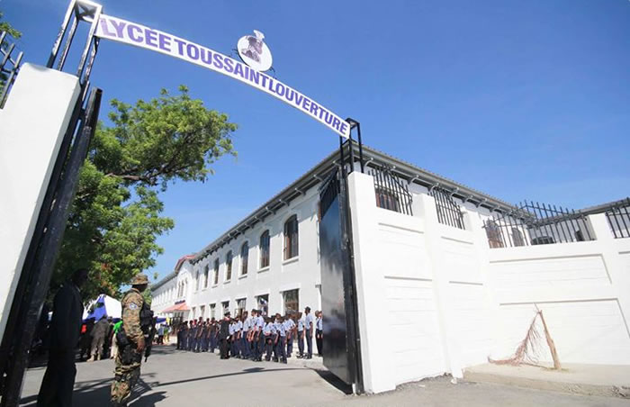Establishment Lycee Toussaint Louverture