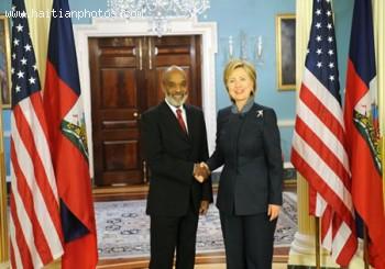 Haitian President Rene Preval And U.S. Secretary Hillary Clinton