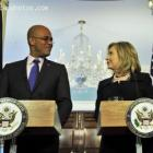 Picture of Michel Martelly and Hillary Clinton in Washington DC